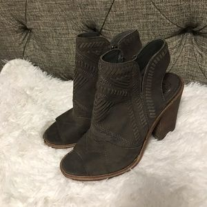 Shoes - Vince Camuto Karinta Black heel Bootie
